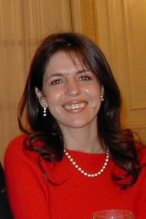 Dr. María Pilar de Lara Castells
